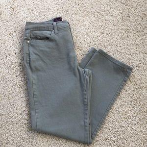 Gloria Vanderbilt gray jeans